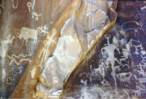 petroglyph-1